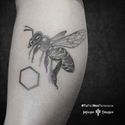 Tatuajes de abeja