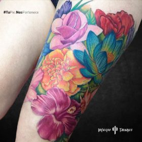 tatuaje de flores, tatuajes de flores para mujer, tatuajes de flores en la pierna, donde tatuarme, infierno tatuajes