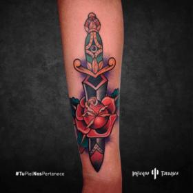 daga tattoo