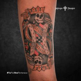 tatuaje del rey calaca, tattoos calaveras, ideas de tatuajes en el antebrazo, tatuadores en la cdmx, infierno tatuajes