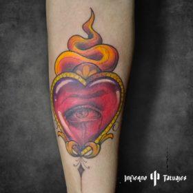Tatuaje de Sagrado corazón – Creado por Paula   Infierno Tatuajes