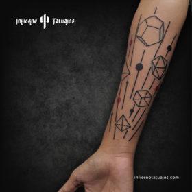 Plato tattoo – Creado por Javier Gaona | Infierno Tatuajes