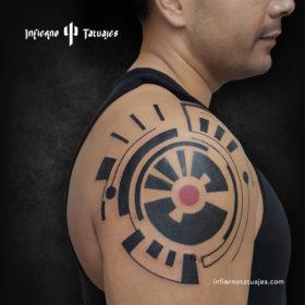 Poder – Creado por Javier Gaona | Infierno Tatuajes