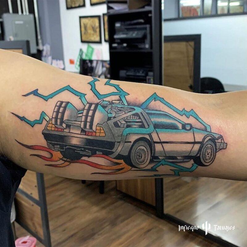 Tatuaje de caricatura o películas