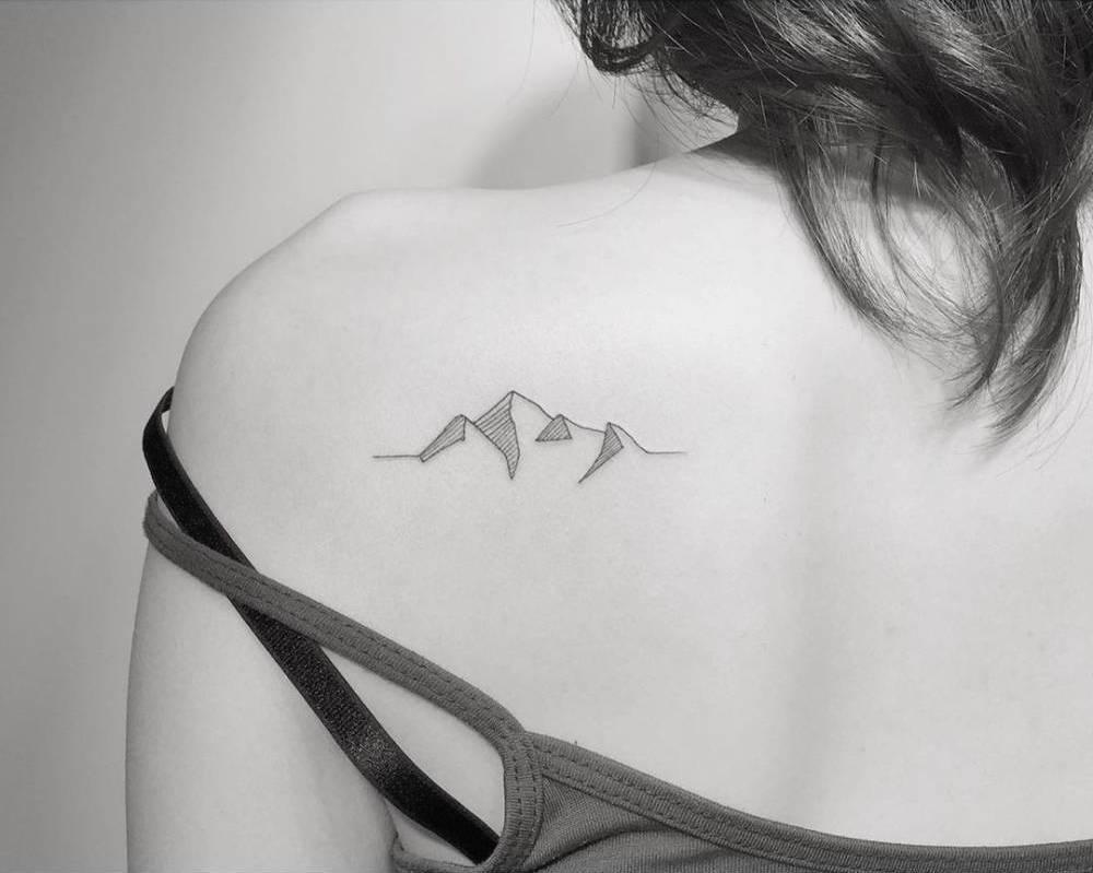 tatuaje de montaña