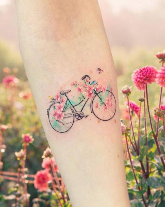 Tatuaje de bicicleta de campo