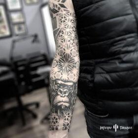 tatuaje de mandala en antebrazo, mejores tatuadores cdmx, mejor estudio de tattoos df, infierno tatuajes, idea de tatuaje para mujer